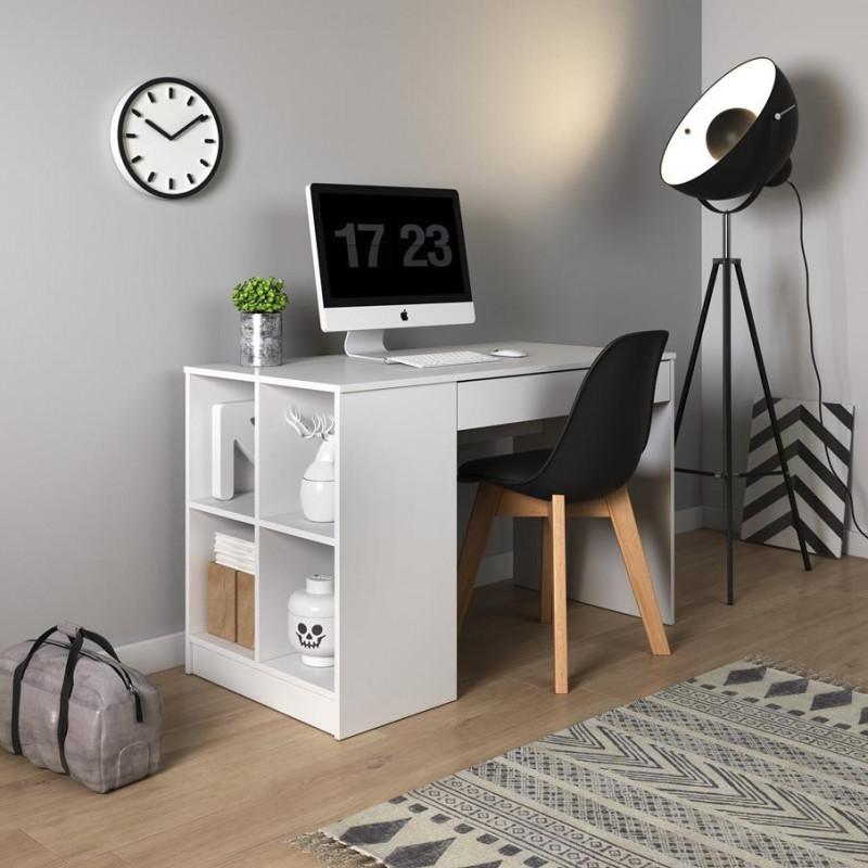 Biurko KUBUŚ białe z półkami