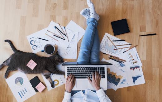 Jak urządzić swoje własne, domowe biuro?